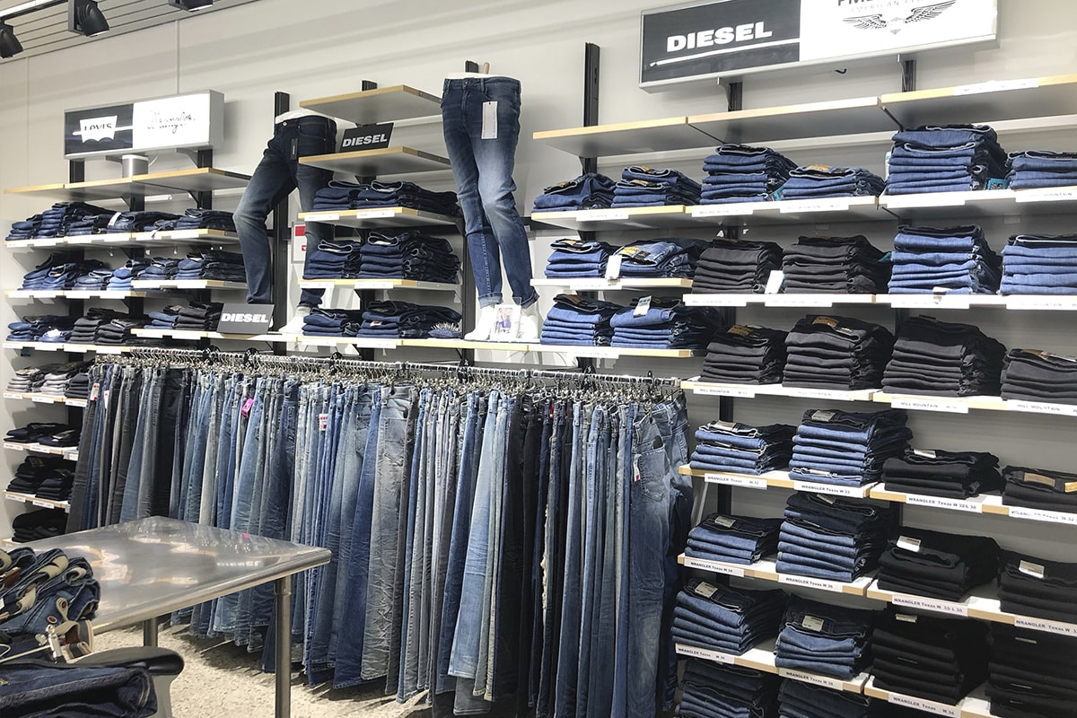 Yeans Halle YH Outlet Kornwestheim | Factory Outlet